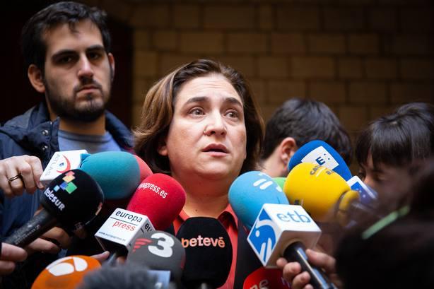 Colau cree que la única salida a la situación en Catalunya es que los presos salgan de prisión