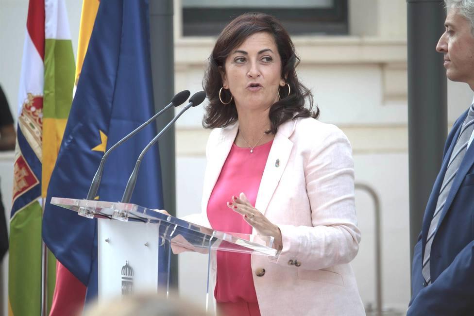 Concha Andreu exije a Mario Herrera que se disculpe por sus intolerables tweets contra Dolores de Cospedal