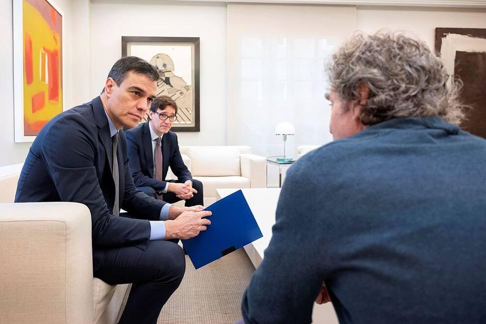 Pedro Sánchez y Fernando Simón