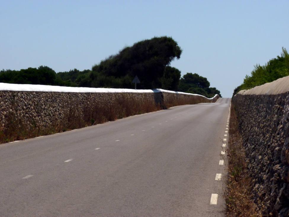 Grave en Son Espases el hombre accidentado contra pared seca en Menorca