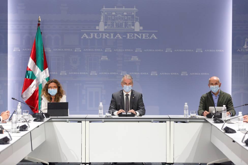 Sube la tasa de positividad al 7,7 % en Euskadi y los contagios hasta los 841