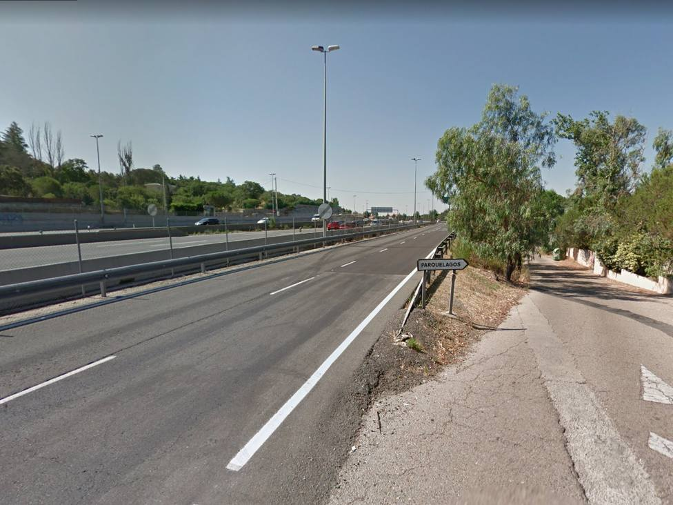 Piden una acera en la vía de servicio entre Parquelagos y Torrelodones /Google Maps