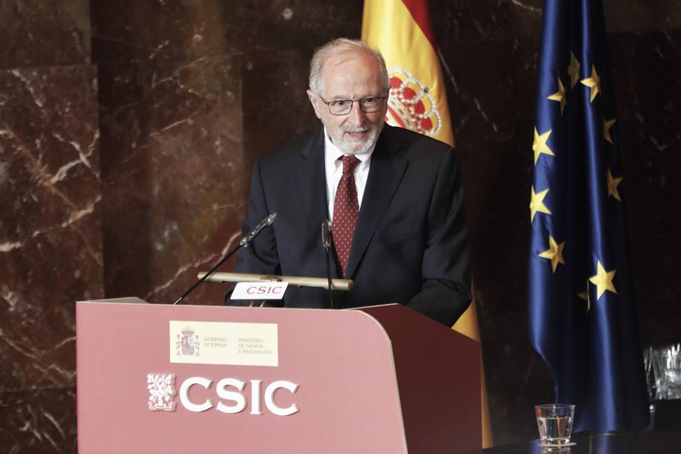 Luis Enjuanes, premio 50 Riojas con corazón de los sumilleres riojanos