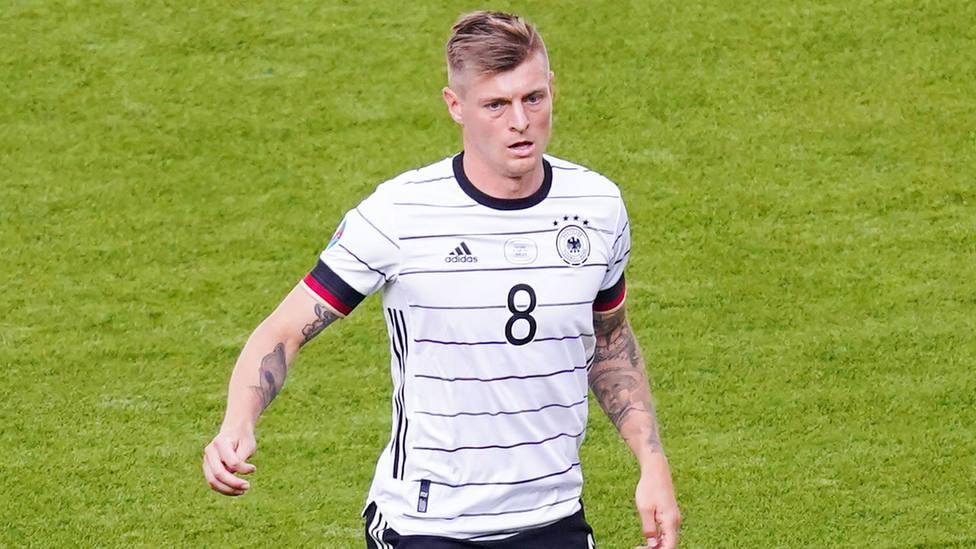 Toni Kroos durante un partido con la selección alemana de la Eurocopa.
