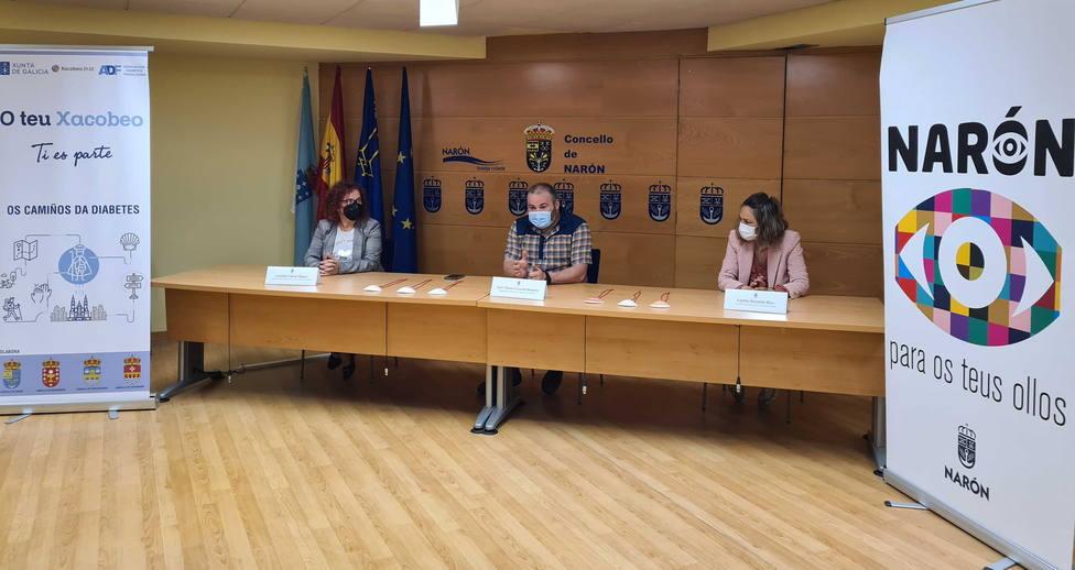 Natalia Hermida, Catalina García y José Manuel García. FOTO: concello de Narón