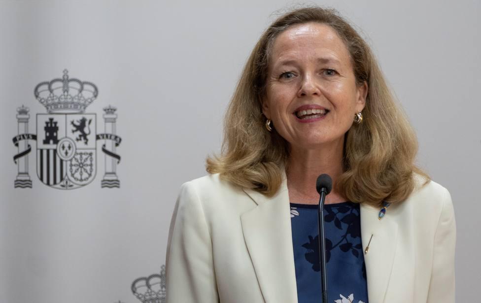 Calviño rebaja la euforia del Gobierno con la subida del SMI: La propuesta no está cerrada