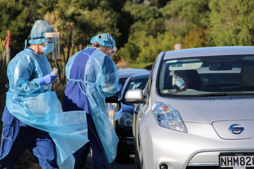 Nueva Zelanda hace obligatoria la vacuna contra la COVID-19 en profesionales sanitarios y profesores