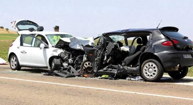Dos muertos en un choque en carretera a la altura de Llardecans (Lleida)