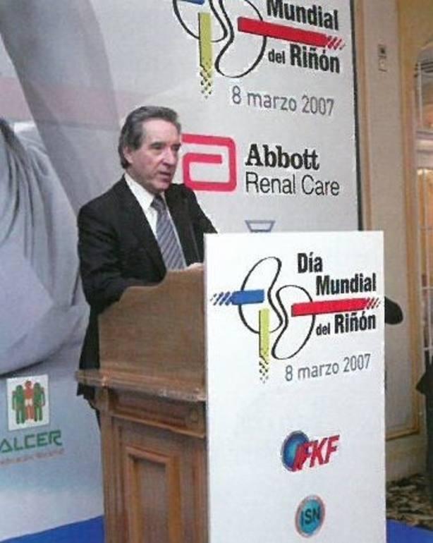 Iñaki Gabilondo, premiado por ALCER por su labor de sensibilización social sobre las enfermedades renales crónicas