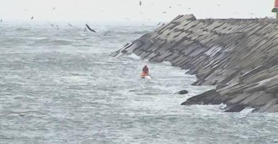 Una ola mata a tres hombres en Aveiro cuando practicaban pesca lúdica