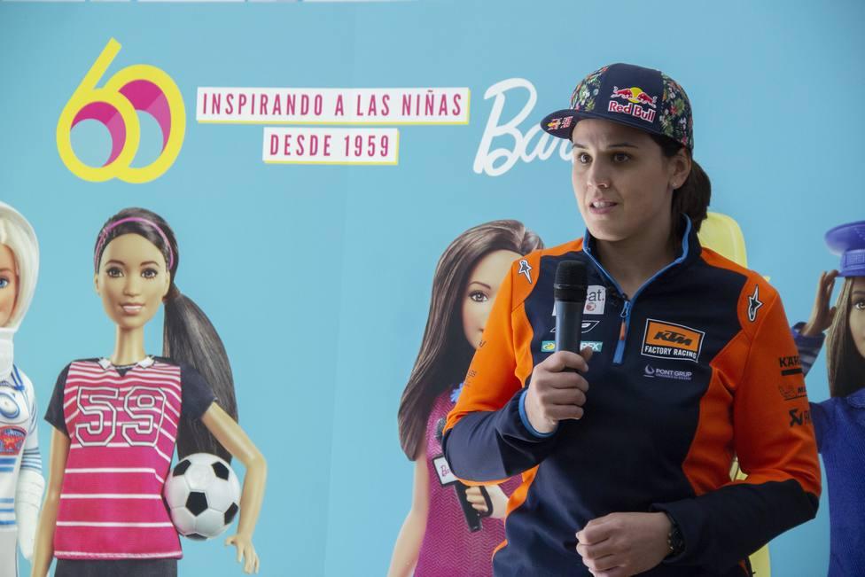 Laia Sanz celebra su victoria más importante: ser un referente para las niñas del futuro