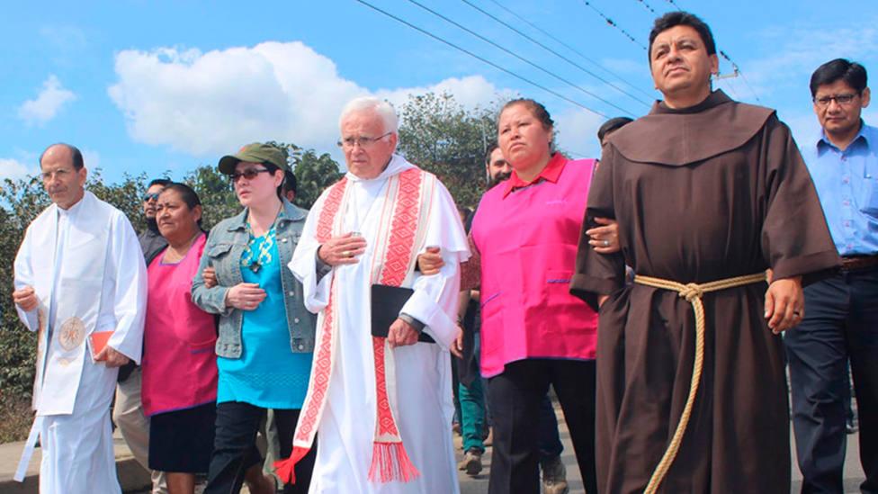 La hermana Lety, la tercera por la izquierda en la imagen