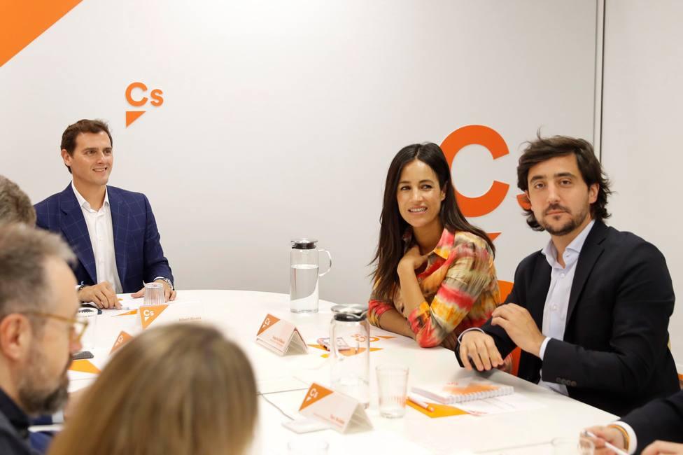 Negociación in extremis: PP y Cs vuelven a reunirse para cerrar el pacto en Madrid