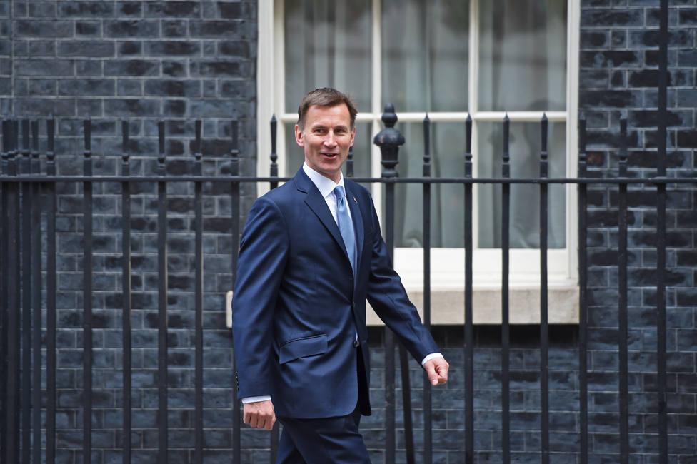 Reino Unido dice que es prácticamente seguro que Irán estuvo detrás del ataque en el golfo de Omán