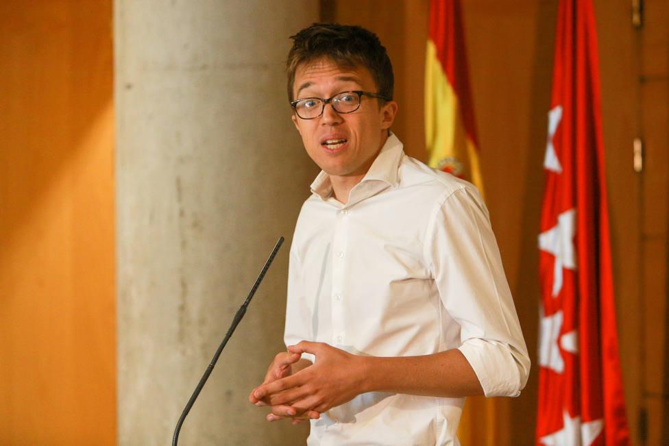Errejón cree que en el PP están desganados tras la ausencia de Casado en el Pleno con una candidata bajo sospecha