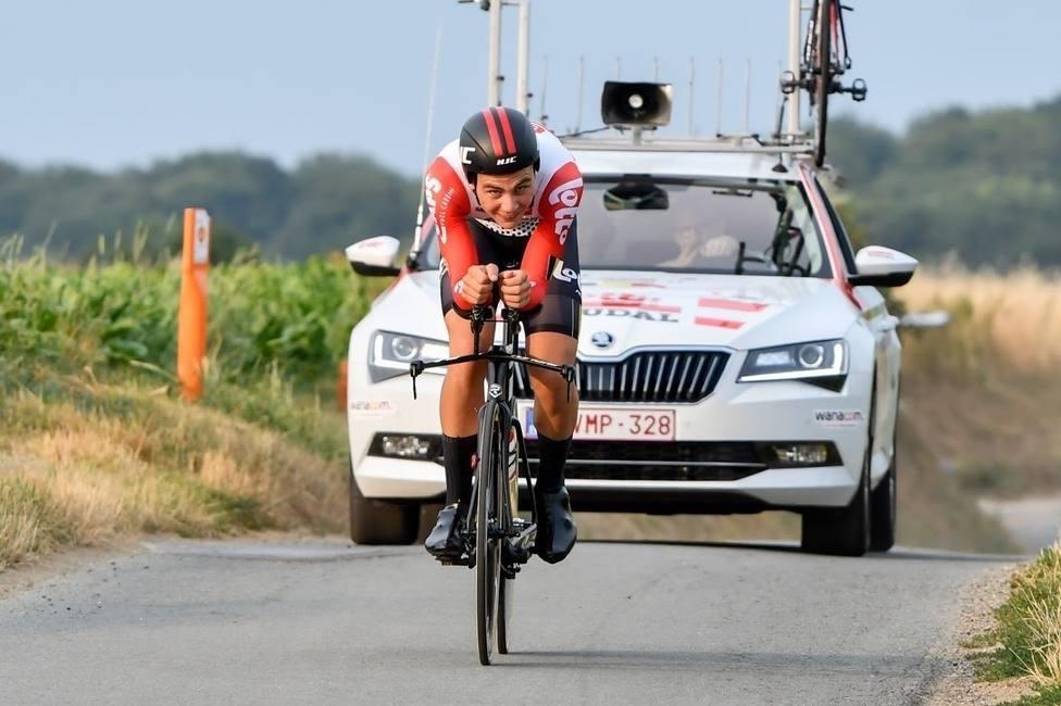 El ciclista suizo Johan Jacobs