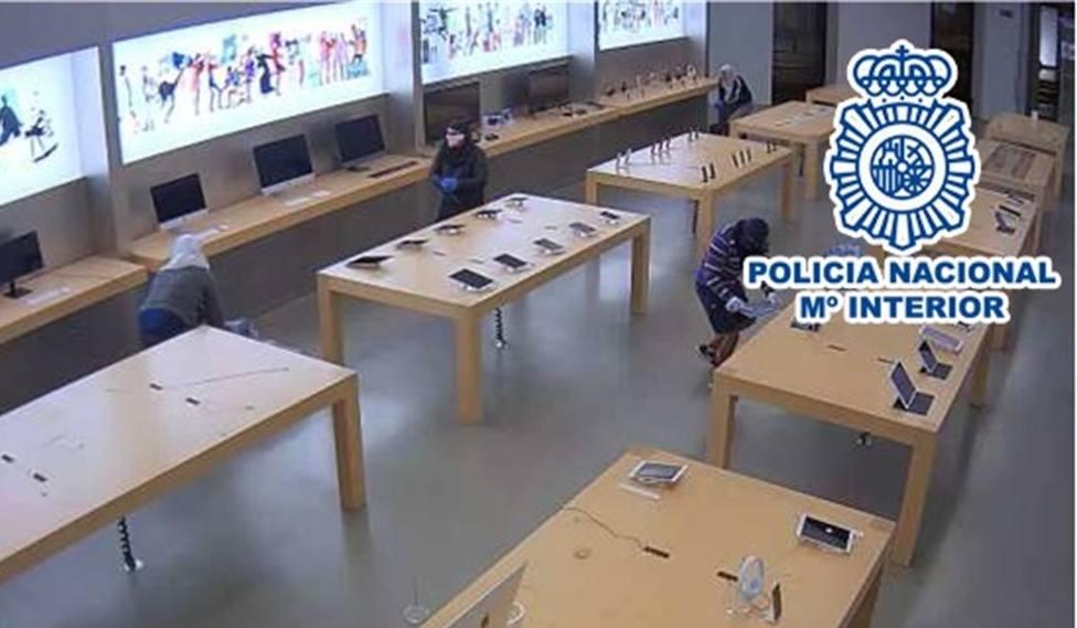 Detenidos 20 alucineros por desvalijar tiendas de telefonía en tod