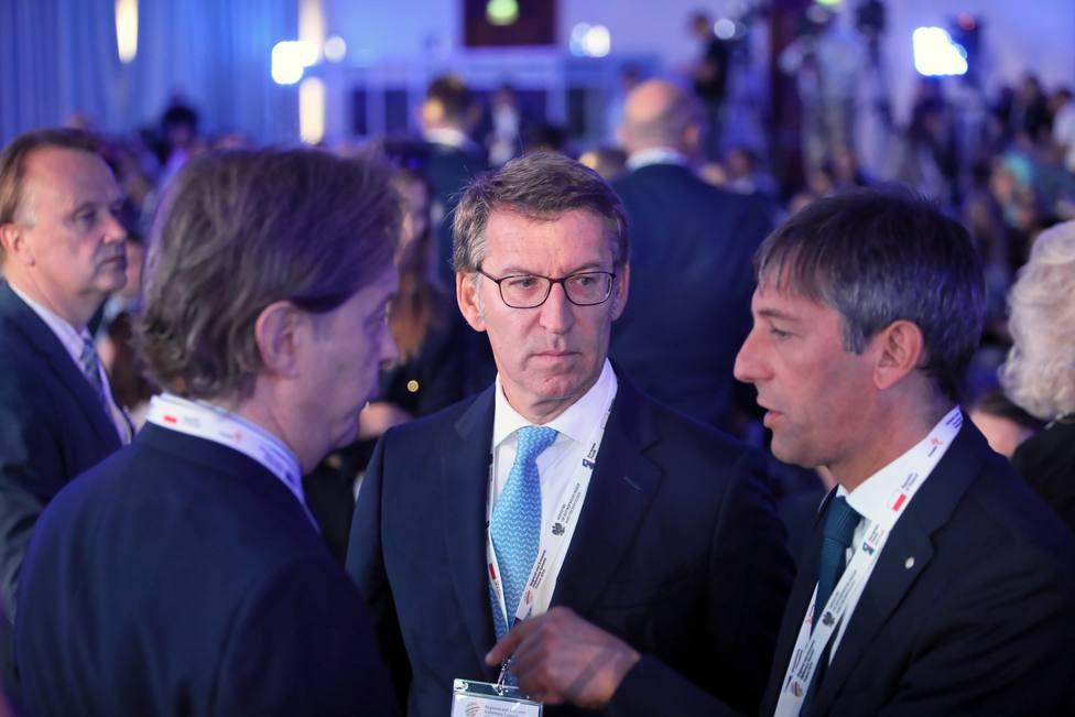 Feijóo pone sobre la mesa la opción de la gran coalición