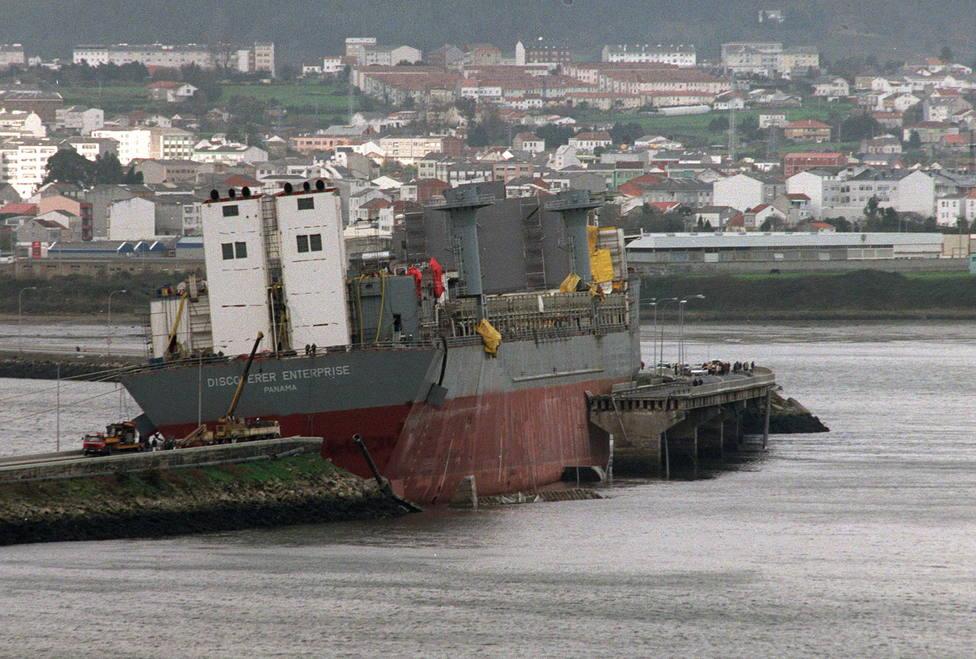 Vista desde la zona de popa de la plataforma - FOTO: Efe / Lavandeira Jr