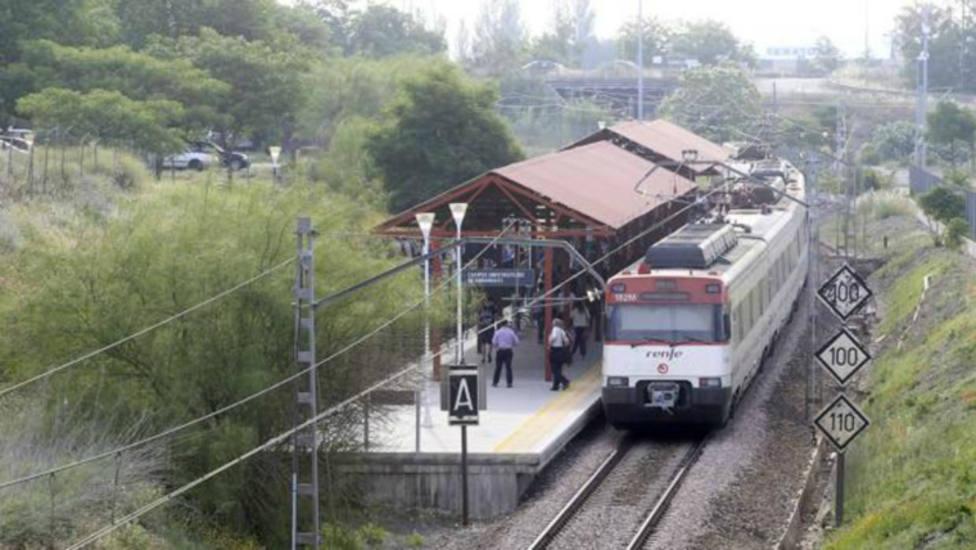Un tren de mercancías atropella a una persona en la estación del Higuerón de Córdoba
