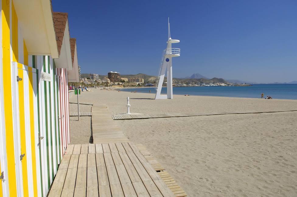 Imagen de archivo de la playa de Campello