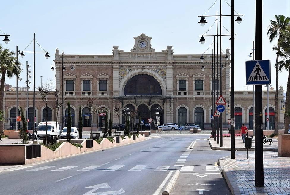 El Gobierno regional exige al Ministerio que deje de sembrar dudas sobre la llegada del AVE a Cartagena
