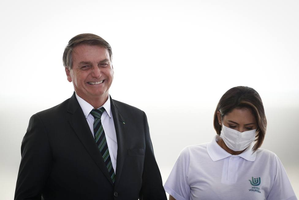 La Fiscalía estudia si Bolsonaro cometió un delito al alentar a sus seguidores a invadir hospitales públicos