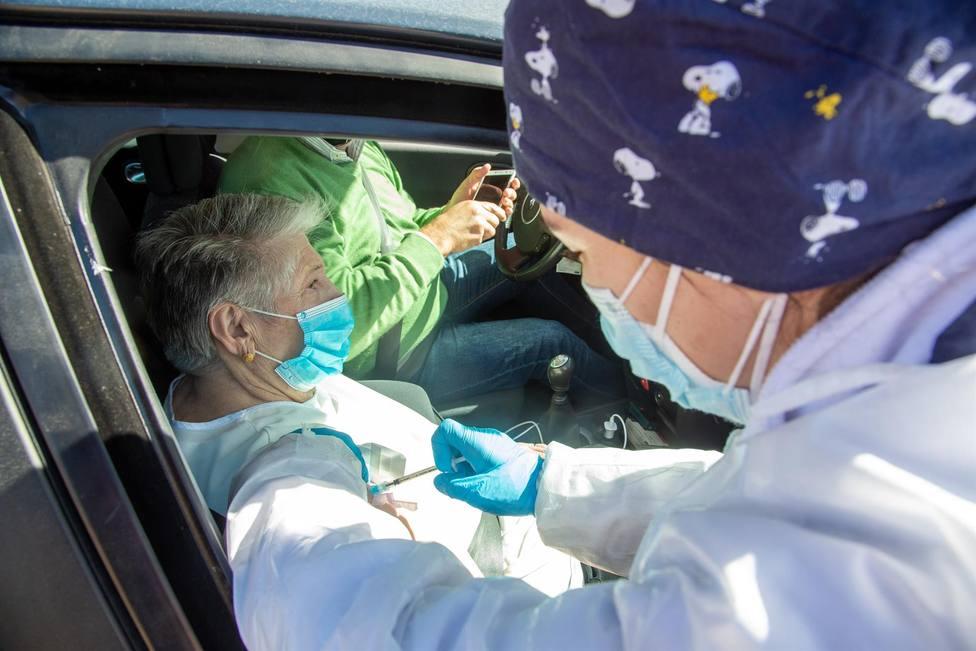La Rioja registra dos nuevos fallecidos en una jornada en la que descienden los casos activos de coronavirus