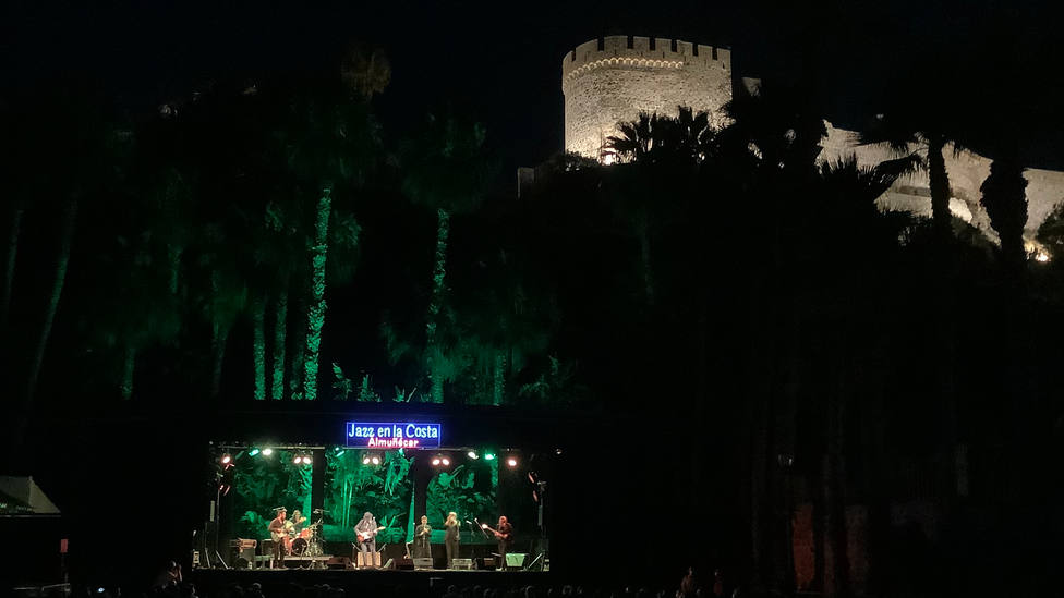 Arranca con lleno el 34 Festival de Jazz en la Costa de Almuñécar con Juan Perro Sexteto