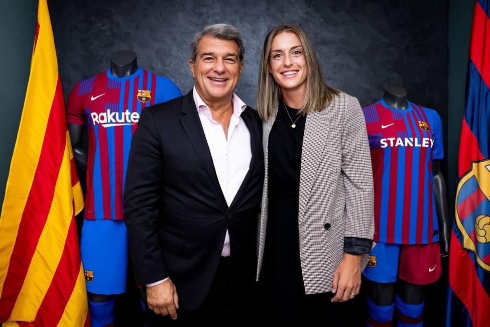 Alexia Putellas renueva con el Barcelona hasta 2024