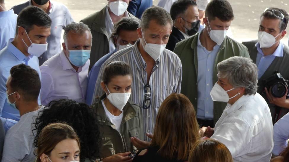 El Rey, en La Palma: Tenemos que hacer todo lo que está en nuestra mano para sacar adelante a estas familias