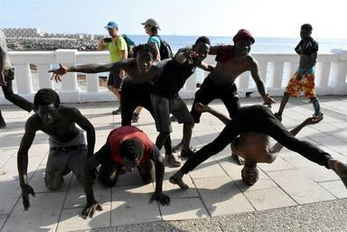 La Guardia Civil avisa: `Los ataques a la valla son cada vez más agresivos