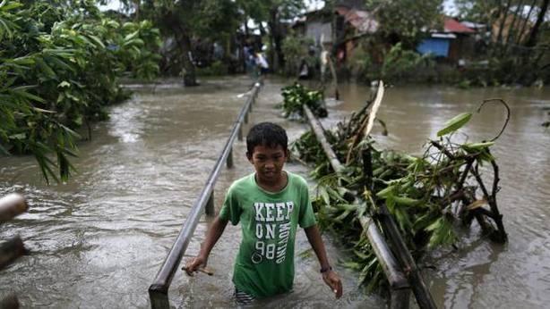 Filipinas se prepara para la llegada del tifón más fuerte del año