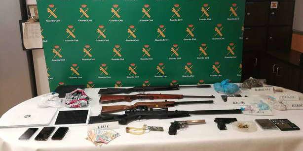 Detenido en Rianxo por tener armas en casa
