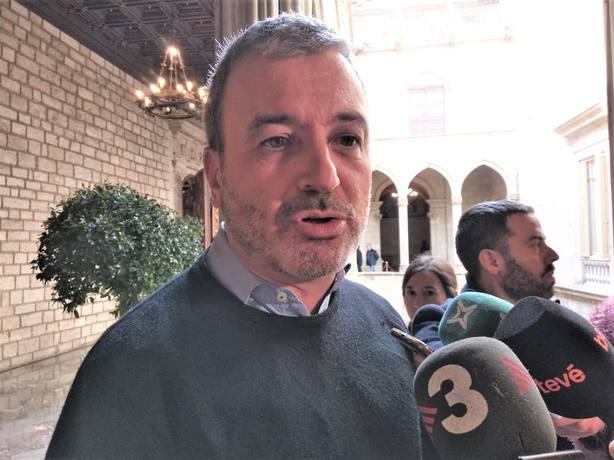 Collboni (PSC) acusa a Colau y Valls de someter Barcelona al proceso soberanista