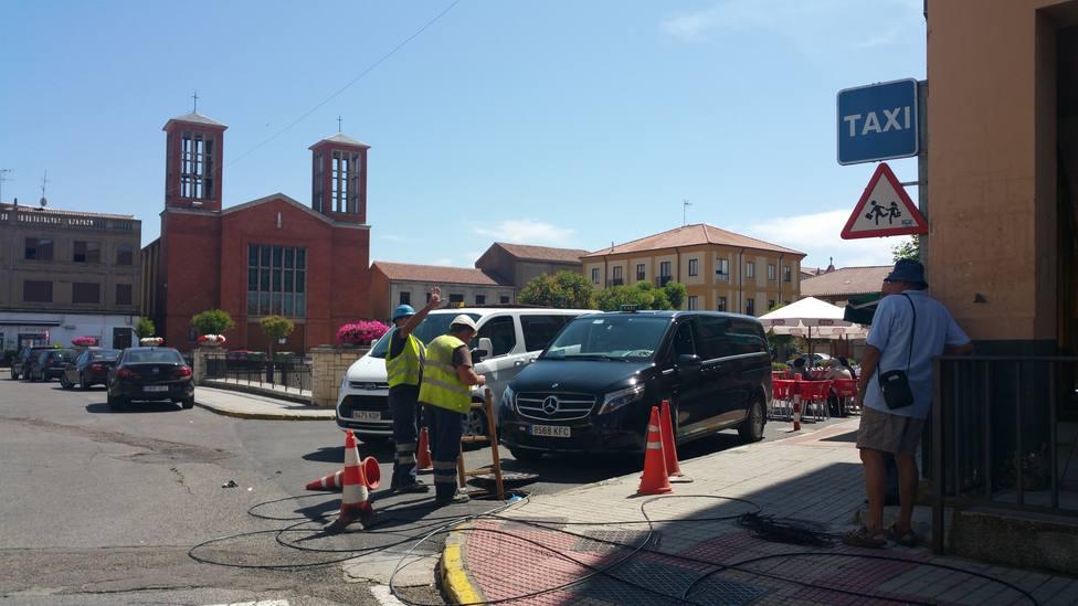La CNMC mejora la regulación de acceso a la infraestructura de obra civil de Telefónica por otros operadores