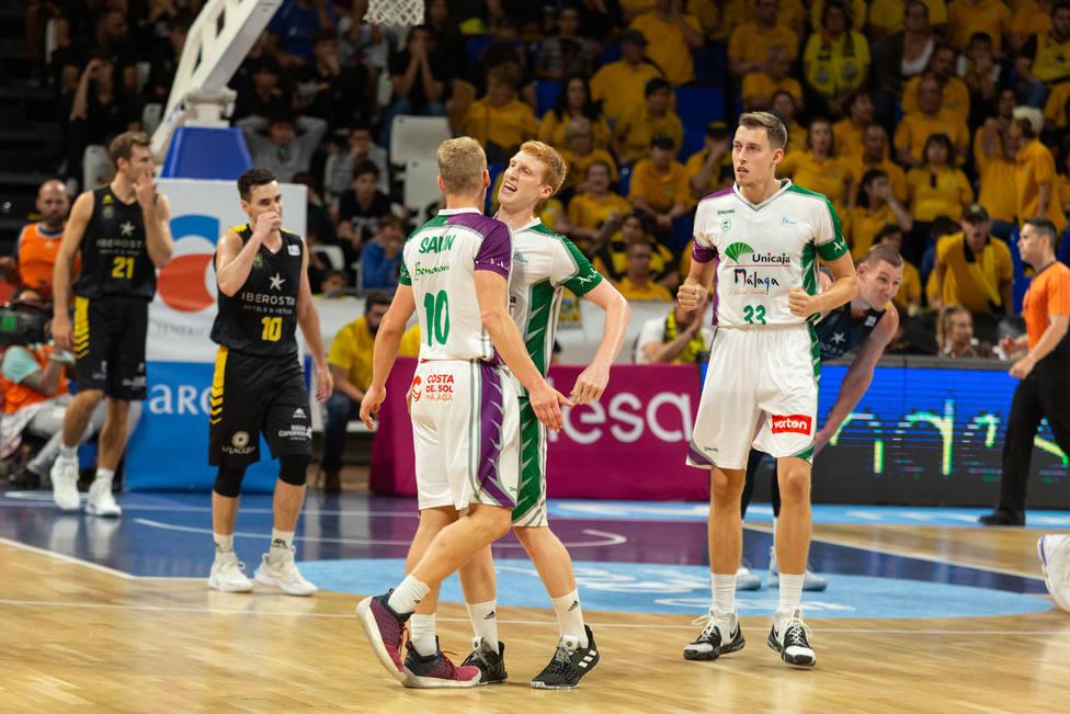 Unicaja gana en Tenerife y será quinto (85 - 92)