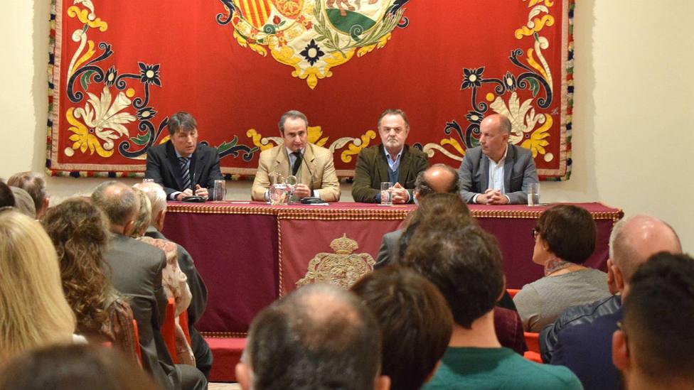 Una de las mesas redondas dedicadas a Chicuelo en la Real Maestranza de Sevilla