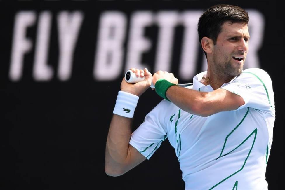 Djokovic supera a Schwartzman y jugará los cuartos de final contra Raonic