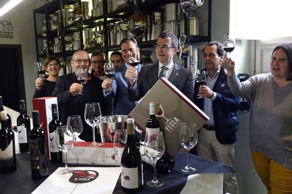 Comienzan las catas de vino gratuitas D.O.P Yecla en la sede central de Murcia Capital Gastronómica