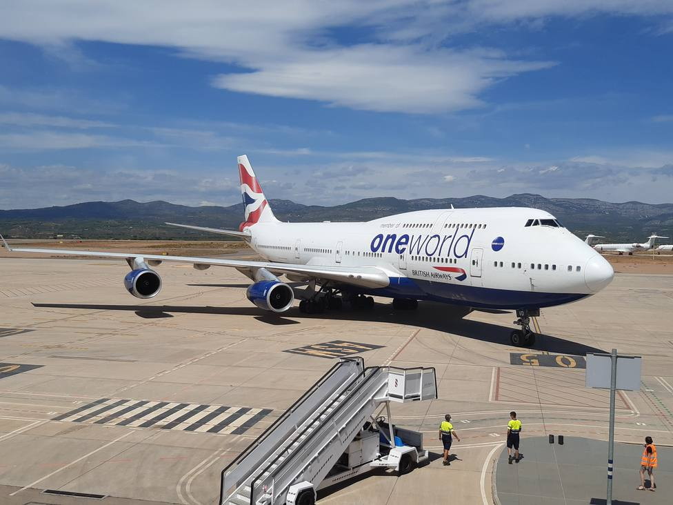 El aeropuerto de Castellón recibe el avión de mayor tamaño desde su puesta en marcha