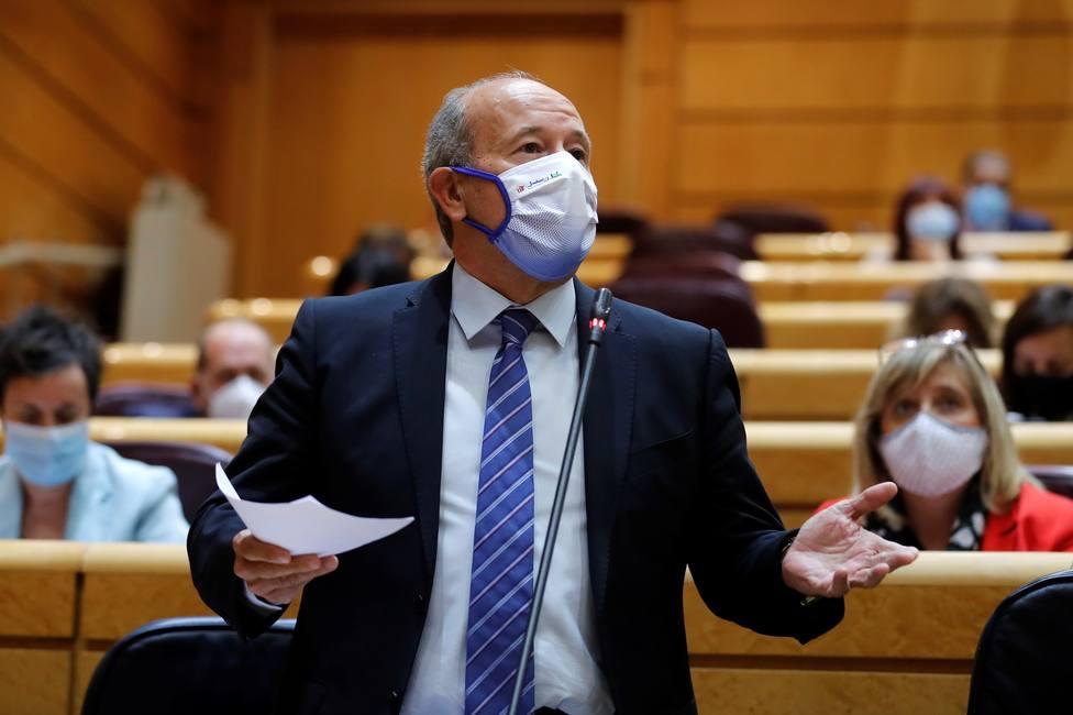 La pillada al ministro de Justicia tras los vivas al Rey de los jueces: Se han pasado