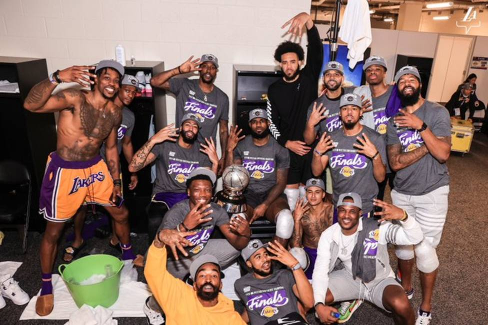 LeBron James guía a los Lakers a las finales de la NBA