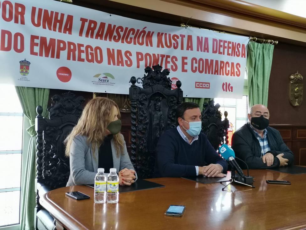 González Formoso y Roberto García en la rueda - FOTO: Concello de As Pontes
