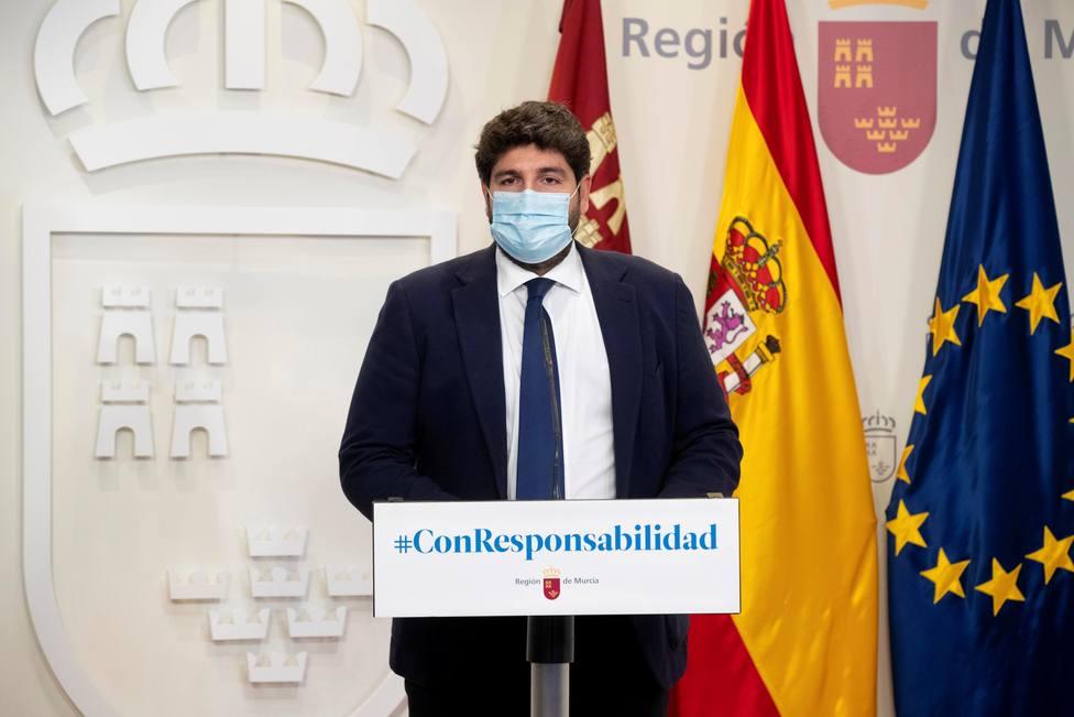 Murcia alerta de que los ingresos diarios por coronavirus podrían duplicarse en una semana