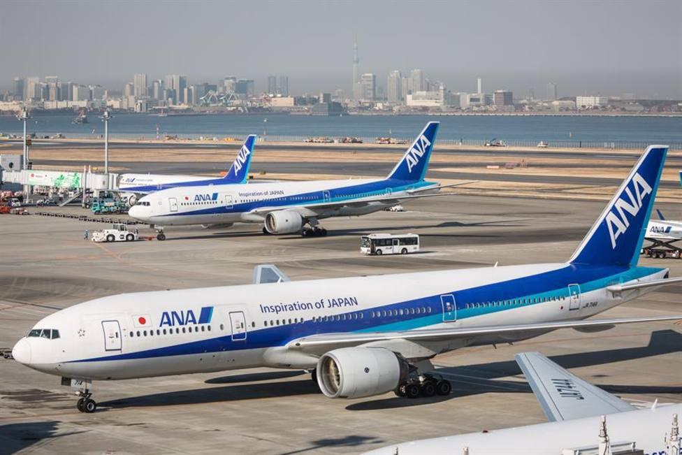 Boeing recomienda suspender vuelos del modelo 777 tras el incidente en Denver en pleno vuelo