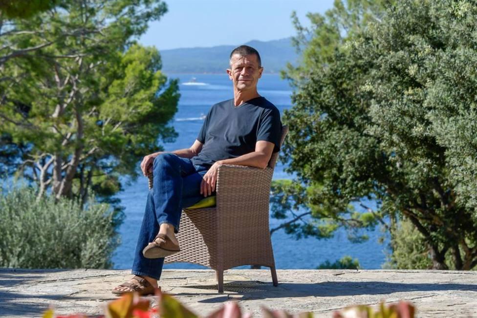 El escritor y periodista francés Emmanuel Carrère, premio Princesa de Asturias de las Letras