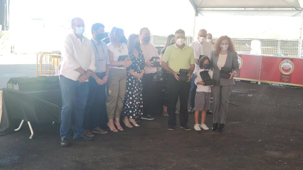 Salobreña homenajea a los voluntarios y empresas que ayudaron a la gente del pueblo en el confinamiento