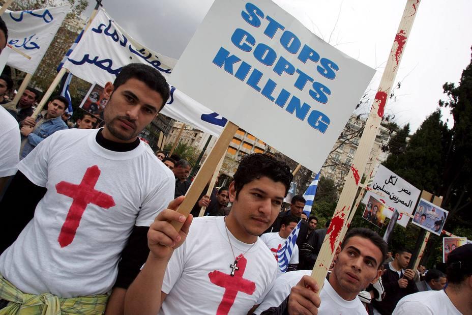 CRISTIANOS COPTOS RESIDENTES EN ATENAS PROTESTAN