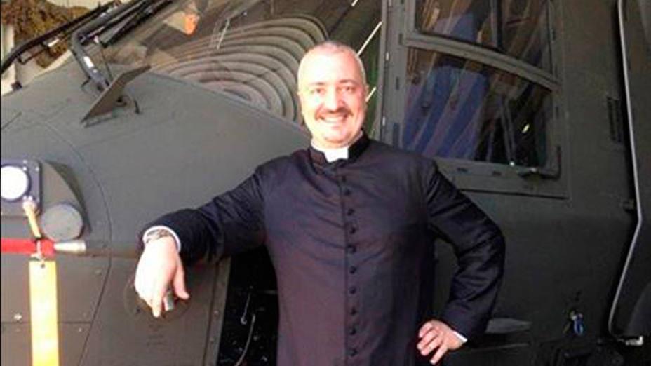 Daniele Leoni tiene 48 años y ahora es pastor de 750 fieles cerca de la Toscana